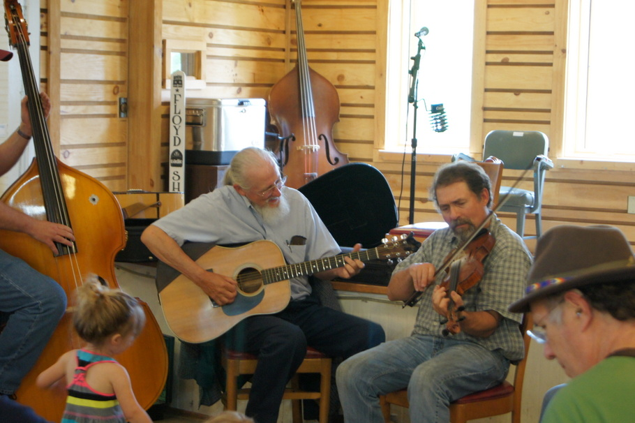 Sunday Jam Session at Floyd Country Store
