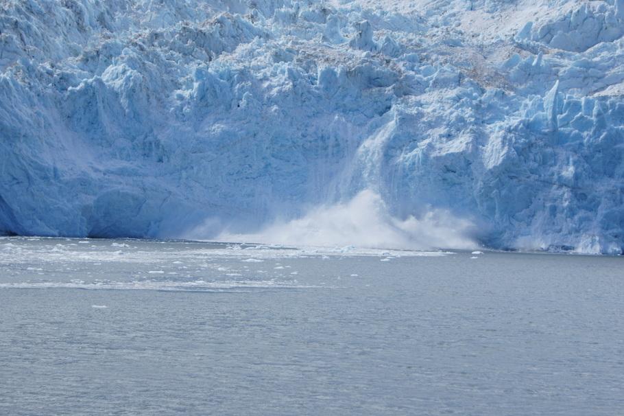 Calving on Aialik Glacier