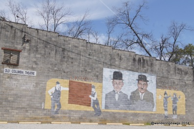 Mural of Laural and Hardy in Harlem, Georgia