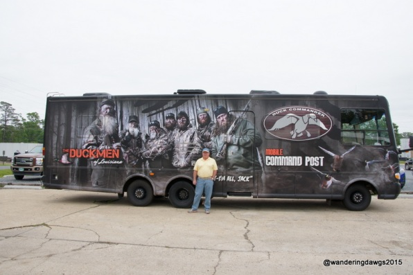 The Duck Commander Bus