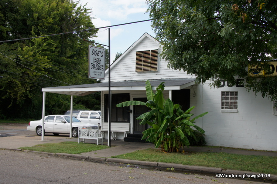 Doe's Eat Place in Greenville, Mississippi
