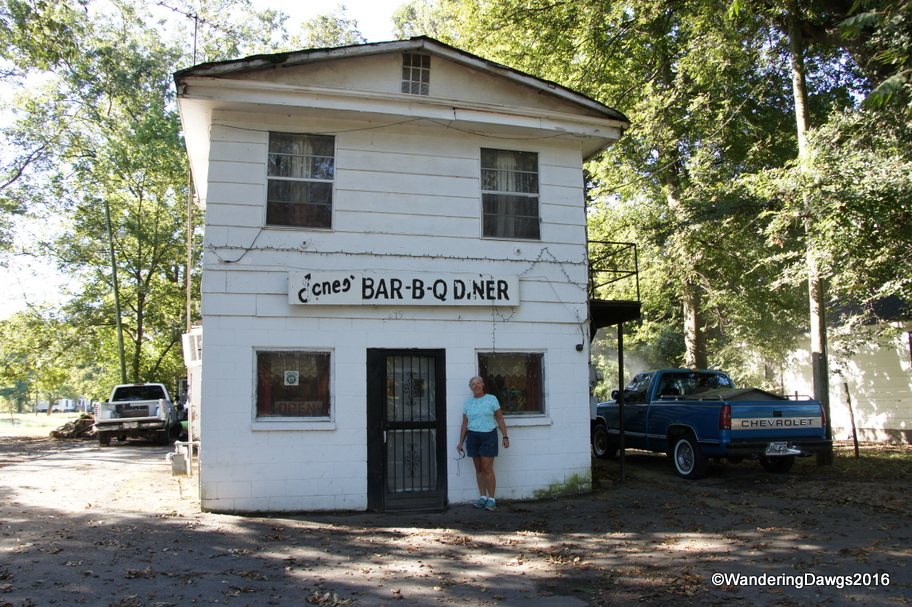 Jone's Bar-B-Q Diner