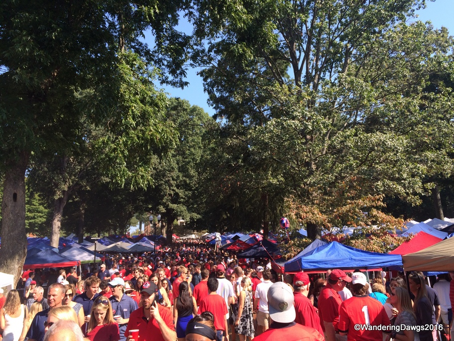 Georgia and Ole Miss Fans getting ready for the game