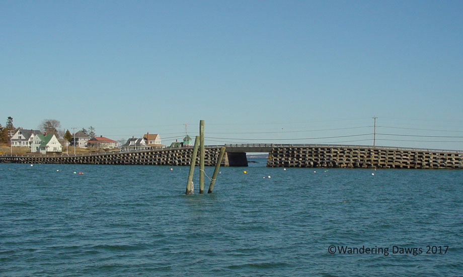 Cribstone Bridge connecting Bailey's Island and Orr's Island