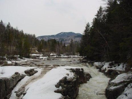 Hike to Sabbaday Falls