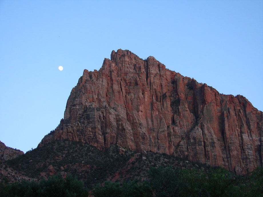 20070528Zion-(23)Moon-rising-over-Watchman