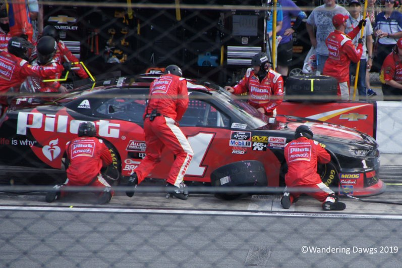 Pit Stop for #1 Michael Annett Saturday Xfinity Race