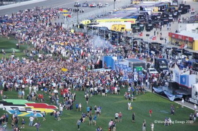 Crowd gathered to watch the driver introductions before the 2019 Daytona 500