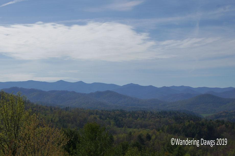 20190417-Blue-Ridge-Mountains-in-NC-(1)