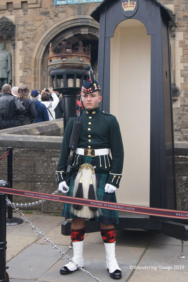 20190522-Day-22-Edinburgh-Castle-Royal-Mile-Sony-(14)